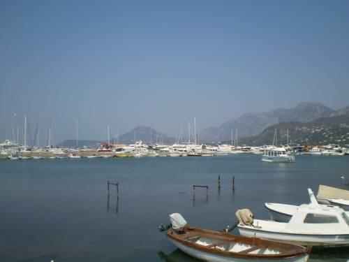 Минусы недвижимости черногории